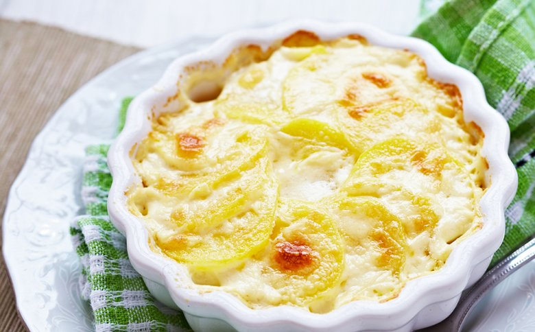 Both savory dishes and desserts can be gratinated.