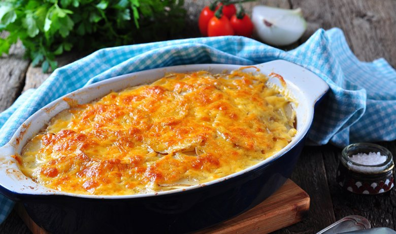 Not only biscuits and the like can be prepared in the oven, savory casseroles too.