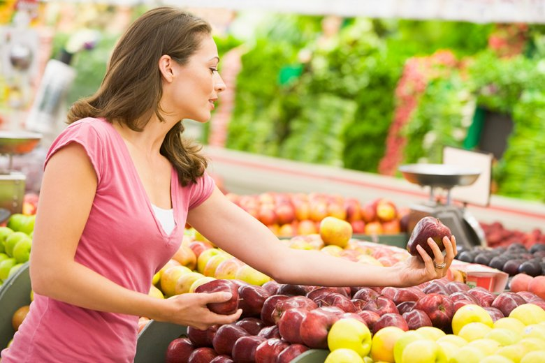 When shopping for groceries, preference should be given to seasonal and regional products.